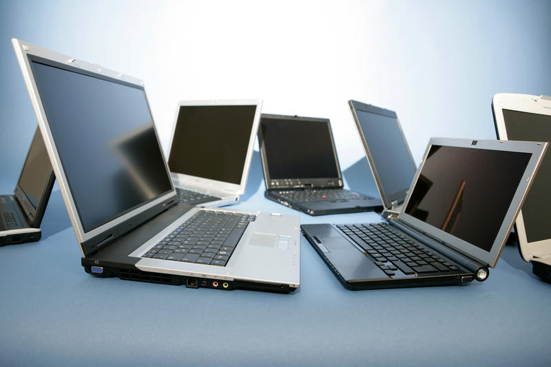 Разные модели ноутбуков